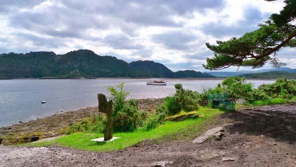 Motor Yacht Chico in Loch Moidart