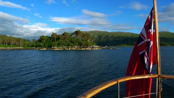 Motor Yacht Chico in Loch Sunart